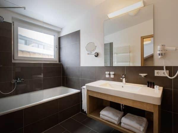 Penthouse Maria Alm 8LP - Maria Alm - Hochkönig - 8 personen - badkamer met ligbad